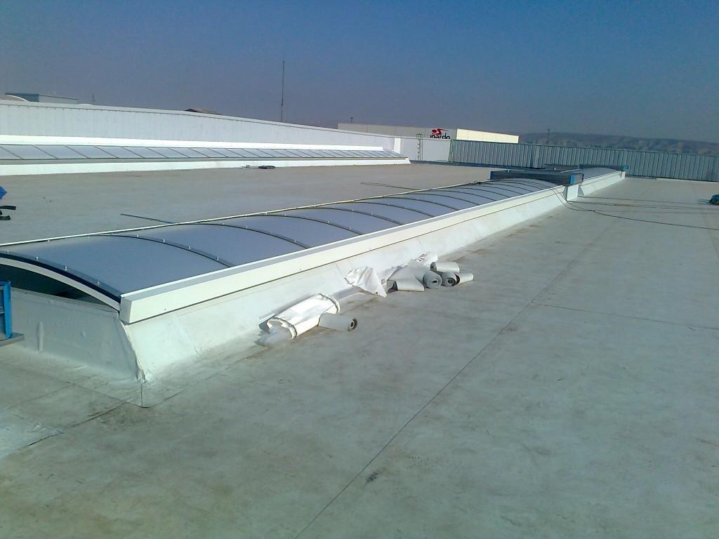 Lucernario y ventilación estática en cubierta