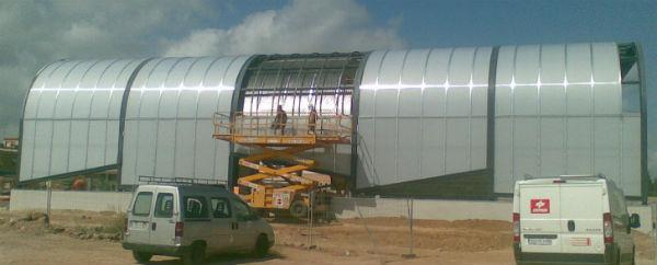 Montaje fachada policarbonato